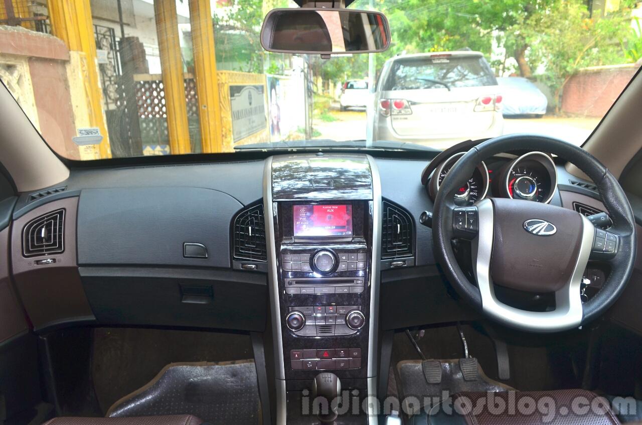 2014 Mahindra XUV500 Review cabin