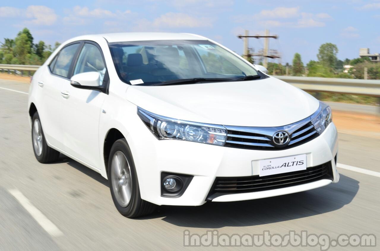 2014 Toyota Corolla Altis Petrol Review
