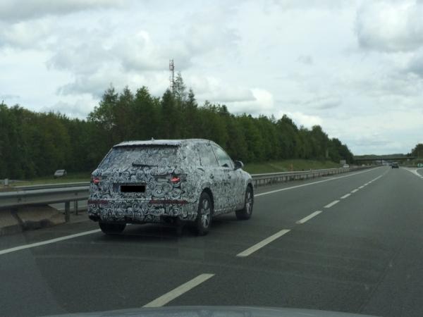 Audi Q7 spied
