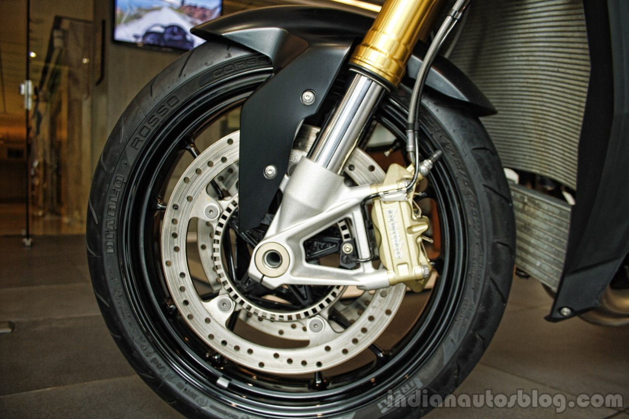 BMW S1000R front disc brake India launch.JPG