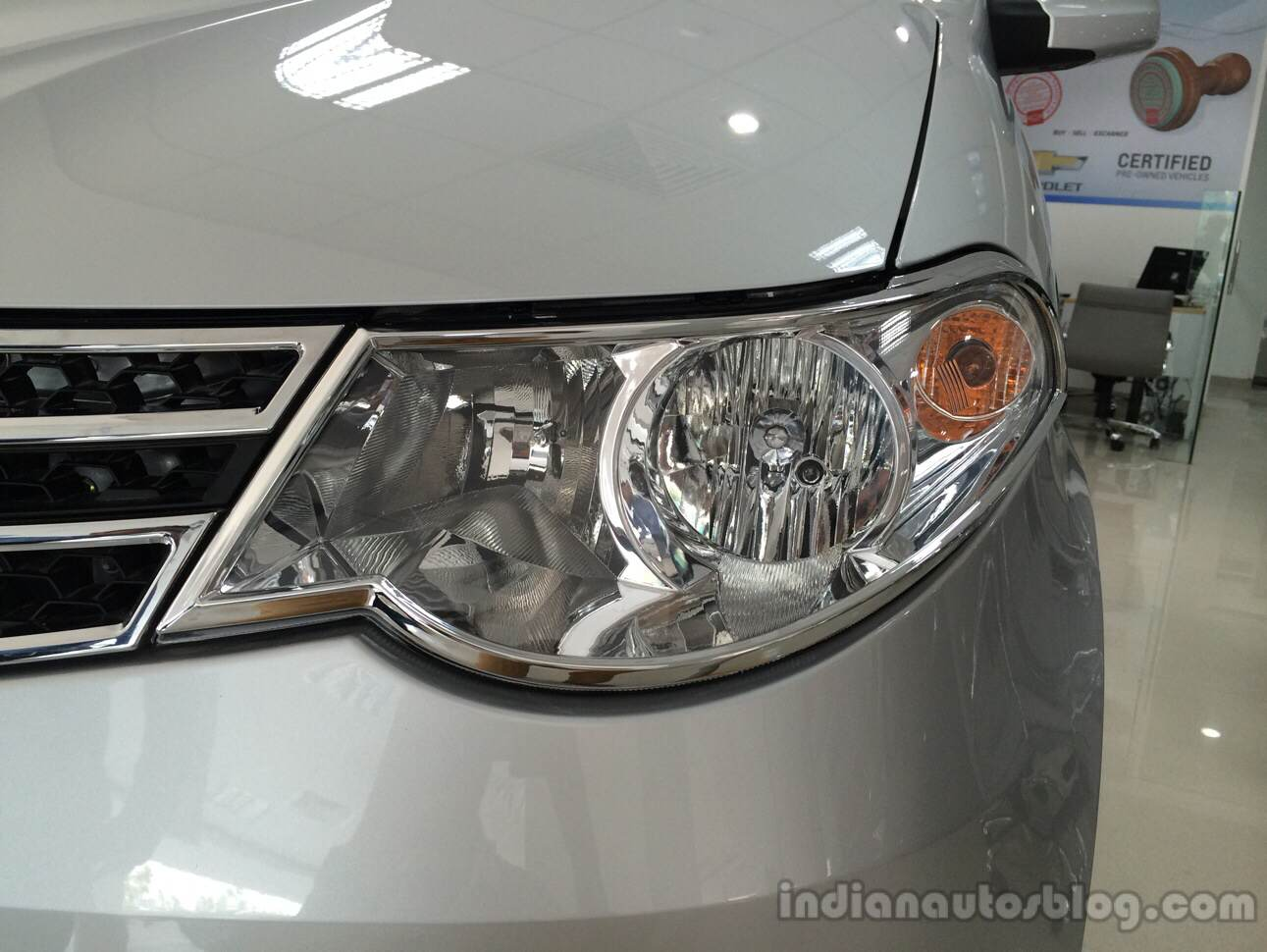Chevrolet Enjoy 1st Anniversary Edition mirror
