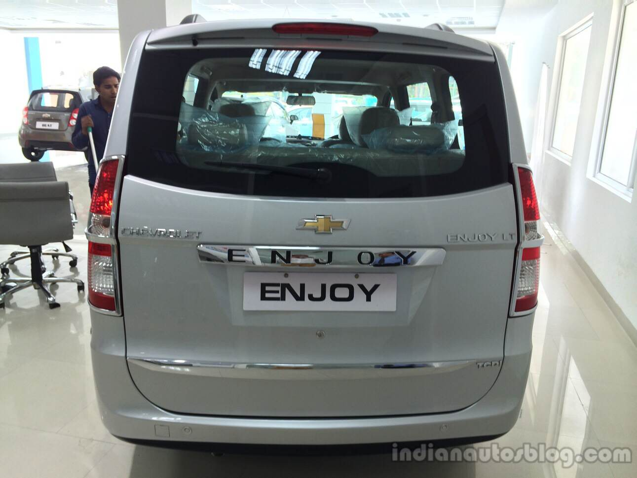 Chevrolet Enjoy 1st Anniversary Edition rear