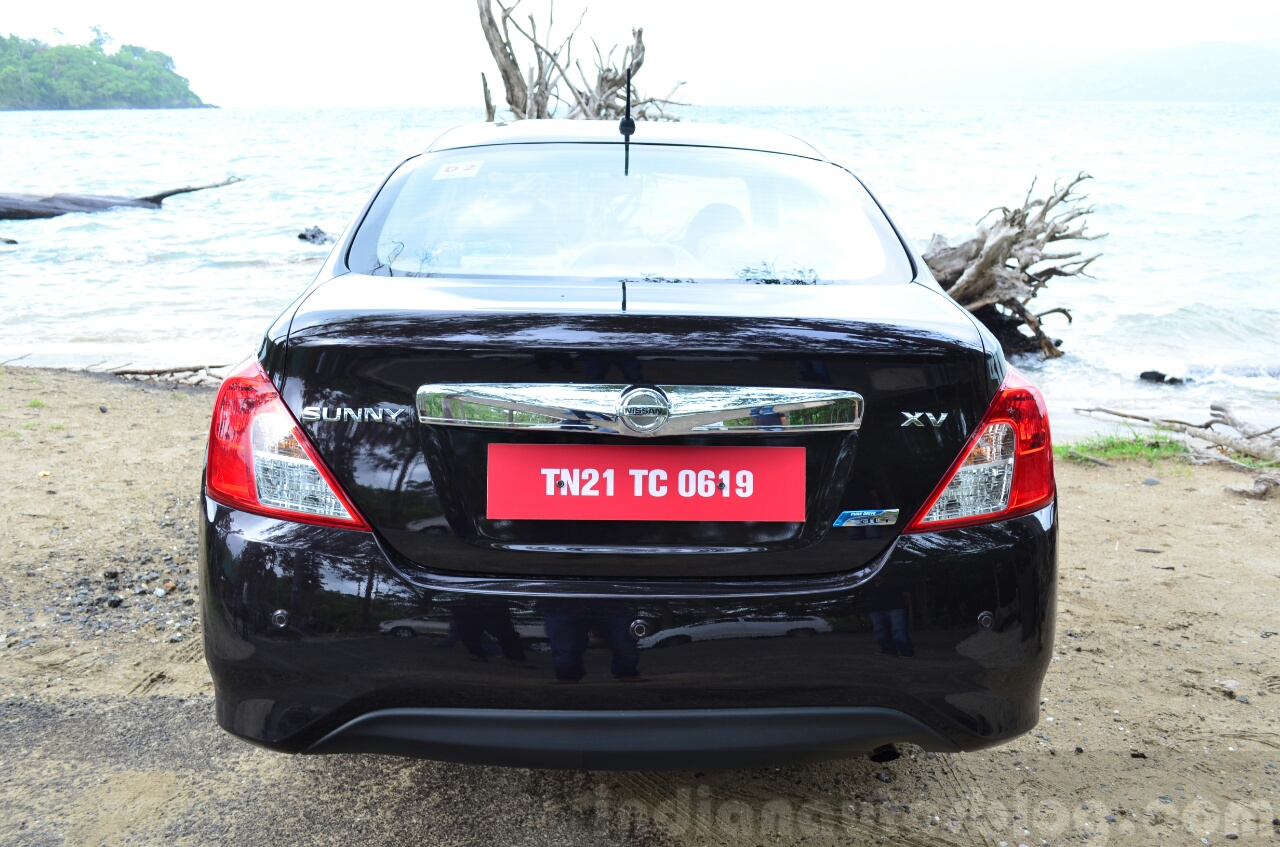 2014 Nissan Sunny facelift diesel review rear