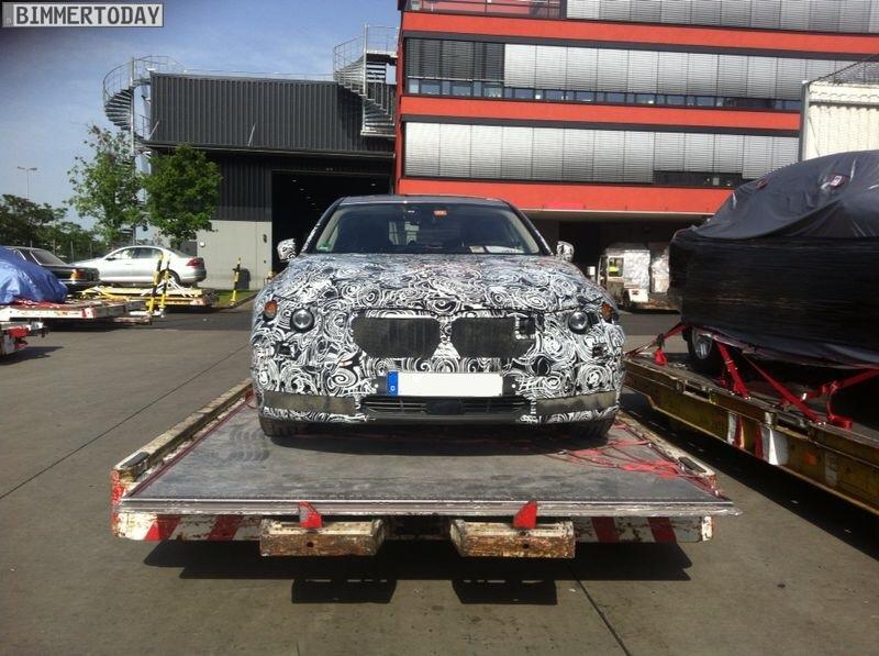 2016 BMW 7 Series G11 front spyshot