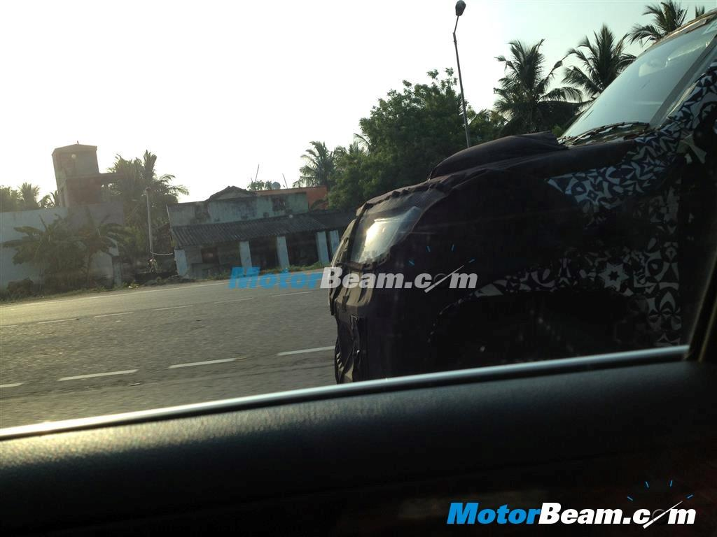 Mahindra U301 Bolero spied light