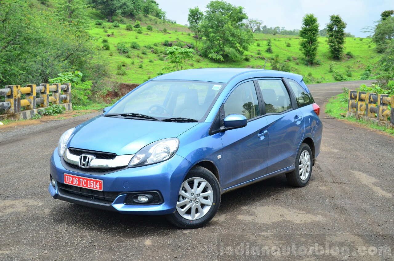 Honda Mobilio Petrol Review front three quarter