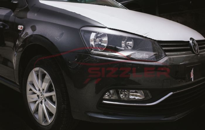 VW Polo facelift spied black bonnet