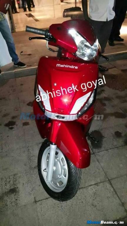 Mahindra Zesto G101 front red