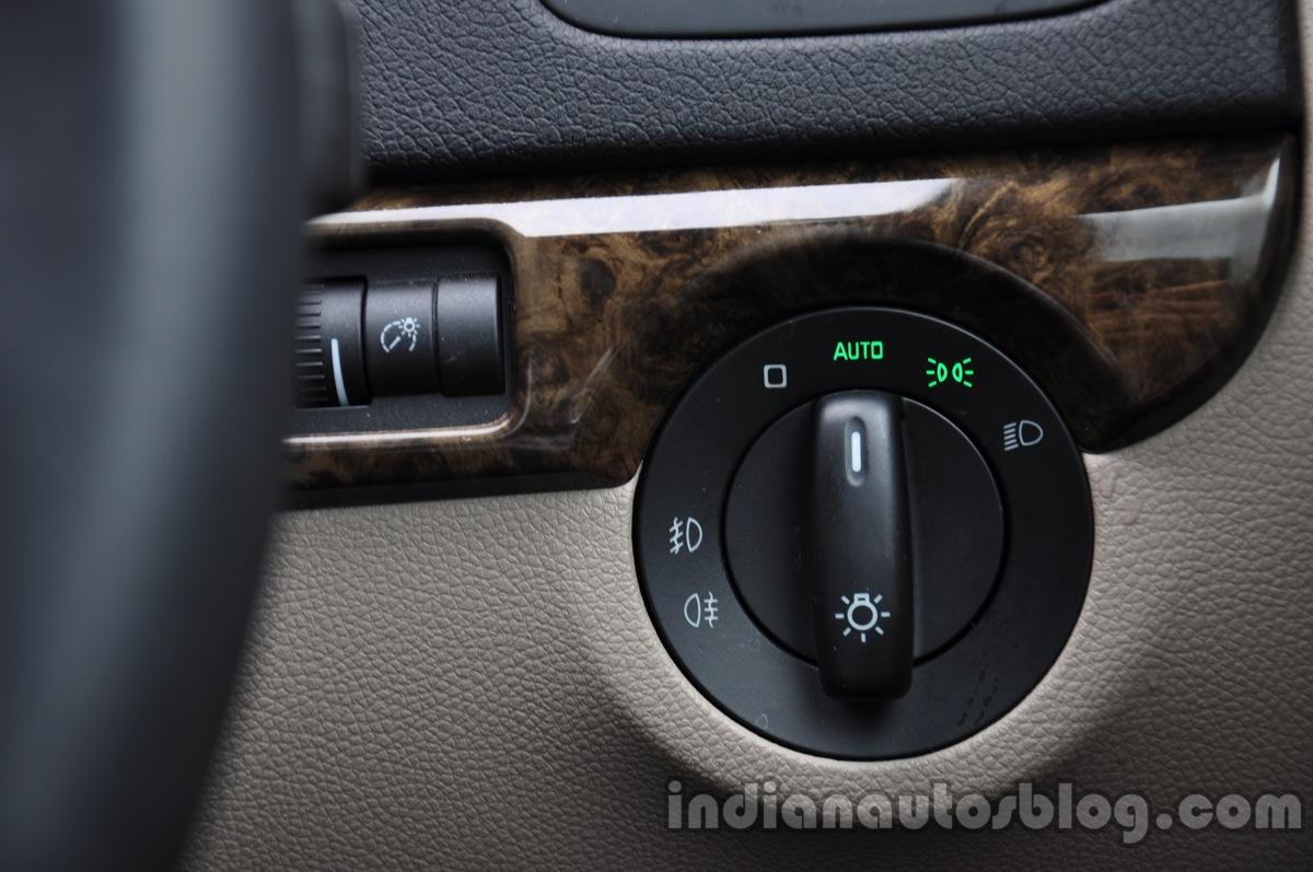 2014 Skoda Yeti headlamp switches review