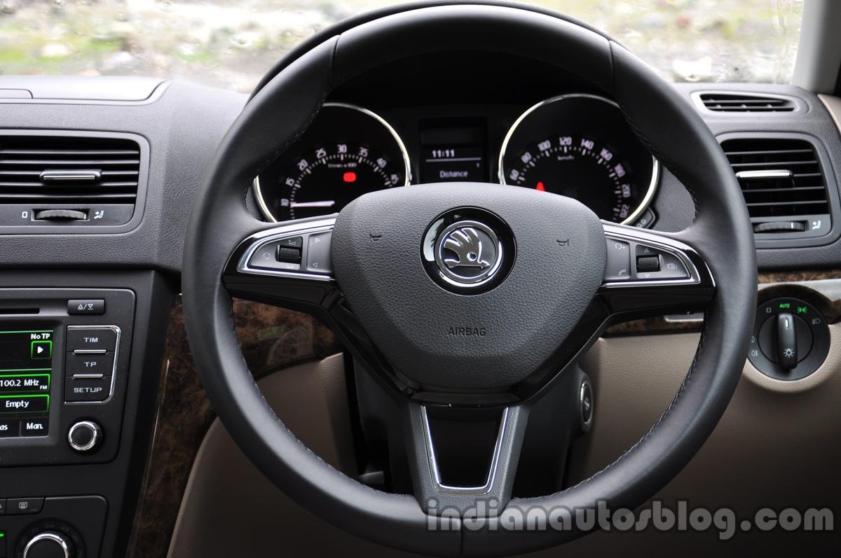 2014 Skoda Yeti steering wheel review