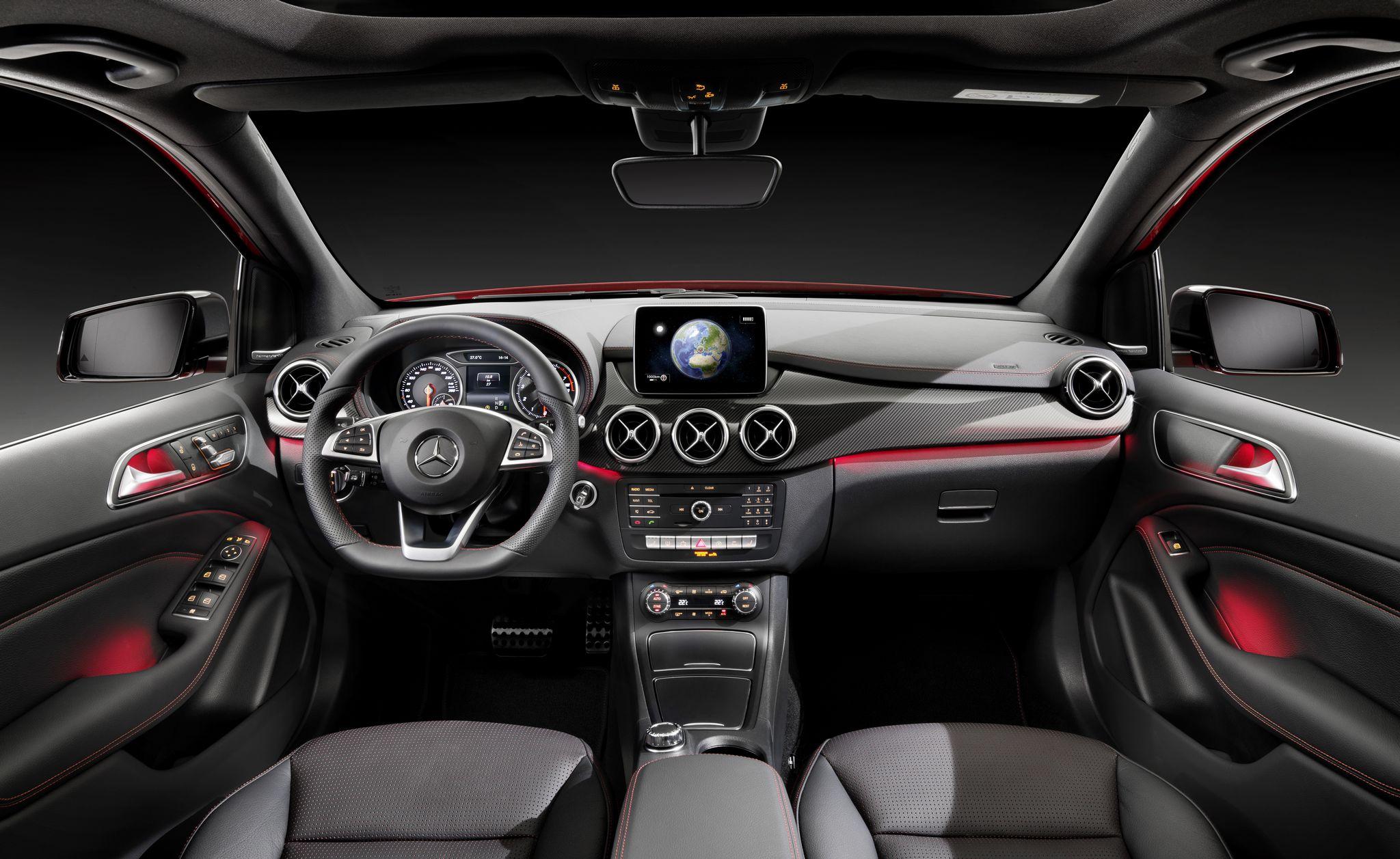 2015 Mercedes B Class facelift press shots interior
