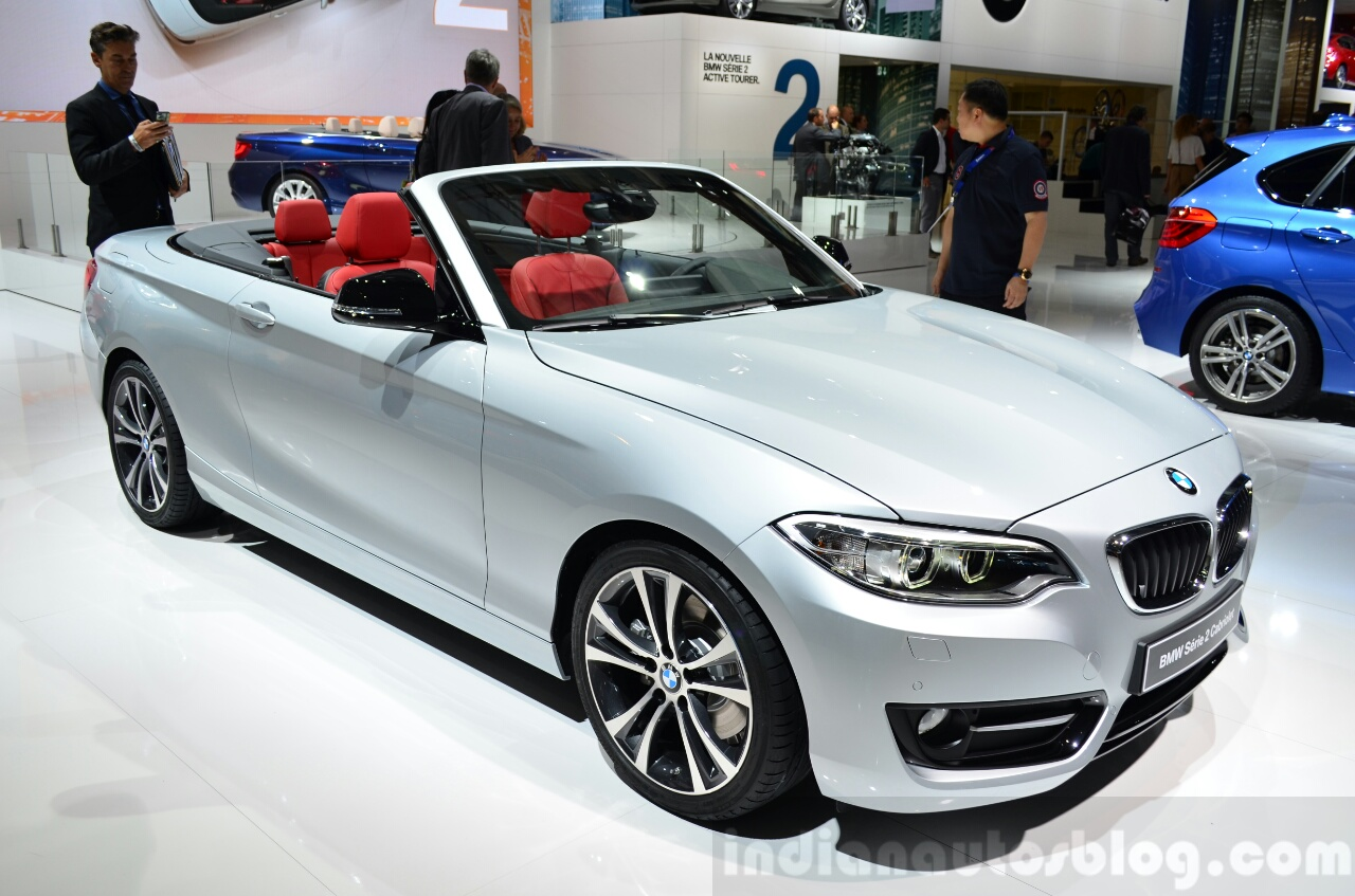 BMW 2 Series Convertible front three quarters at the 2014 Paris Motor Show