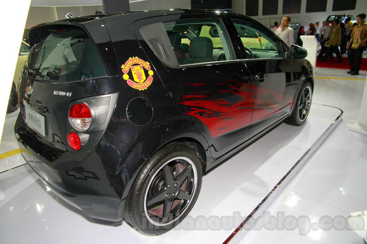 Chevrolet Aveo Manchester United Edition rear three quarters right at the 2014 Indonesia International Motor Show