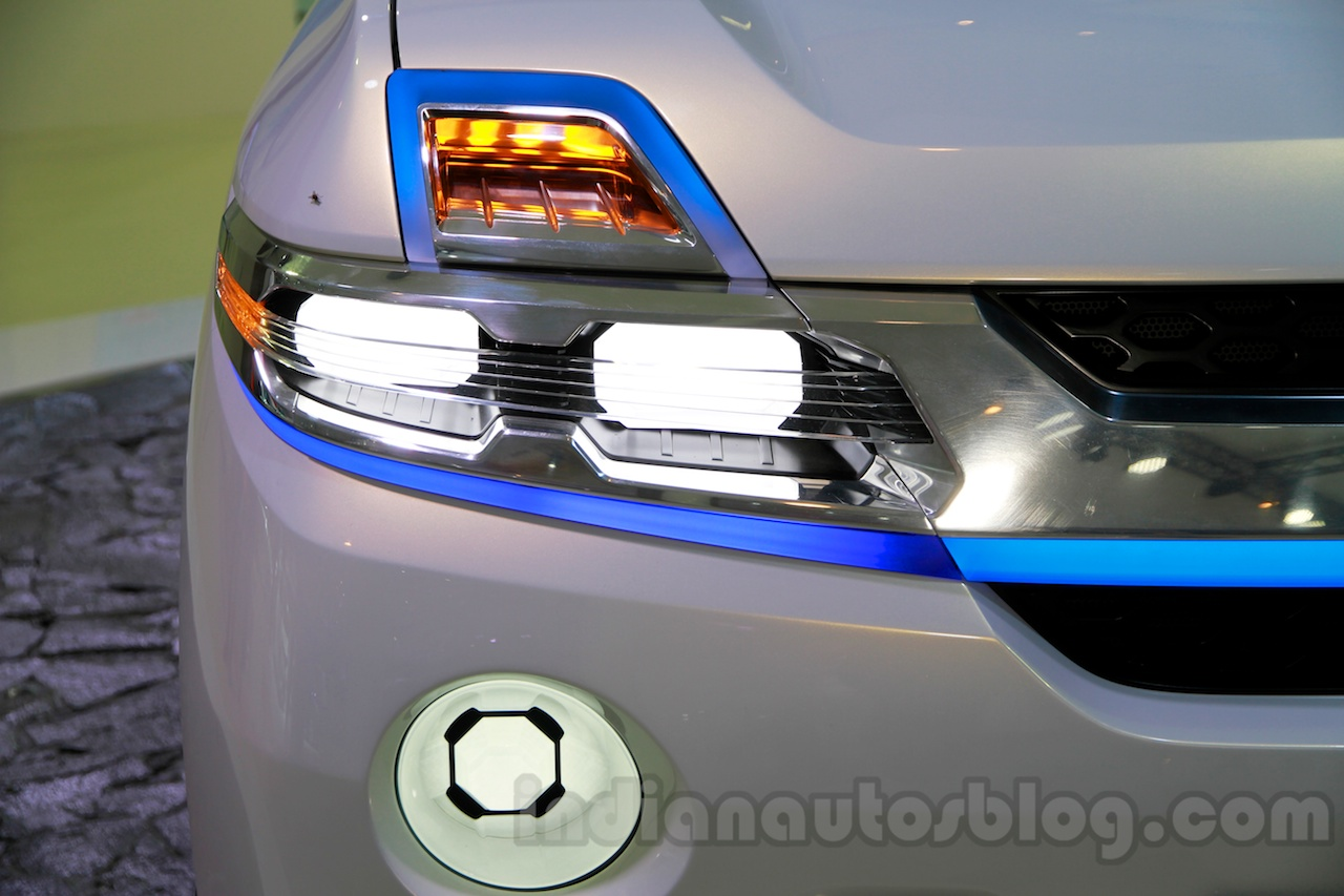 Daihatsu SUV Concept at the 2014 Indonesia International Motor Show headlight