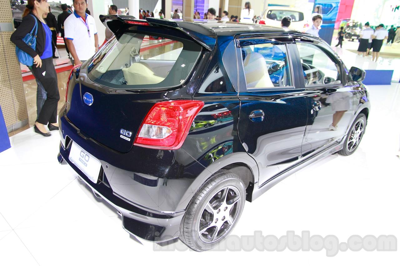 Datsun Go Panca Accessorized at the 2014 Indonesia International Motor Show rear quarter