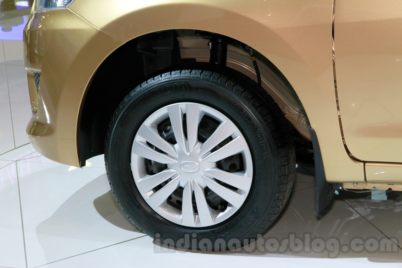 Datsun Go+ Panca at the 2014 Indonesia International Motor Show wheel