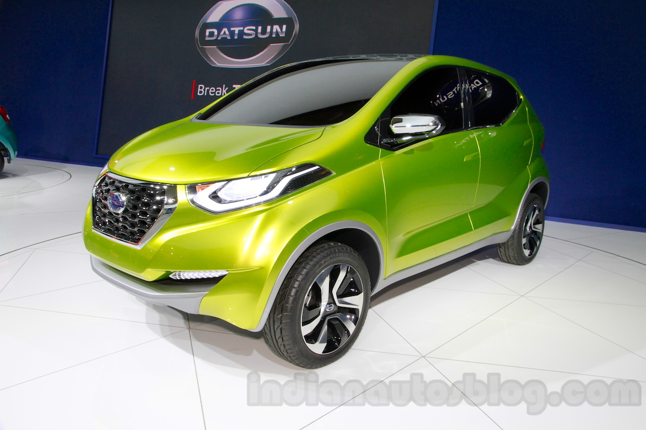 Datsun redi-GO at the 2014 Indonesia International Motor Show front quarter