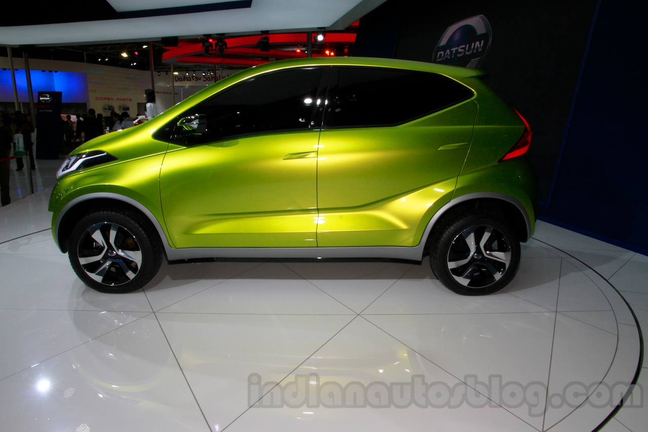 Datsun redi-GO at the 2014 Indonesia International Motor Show side