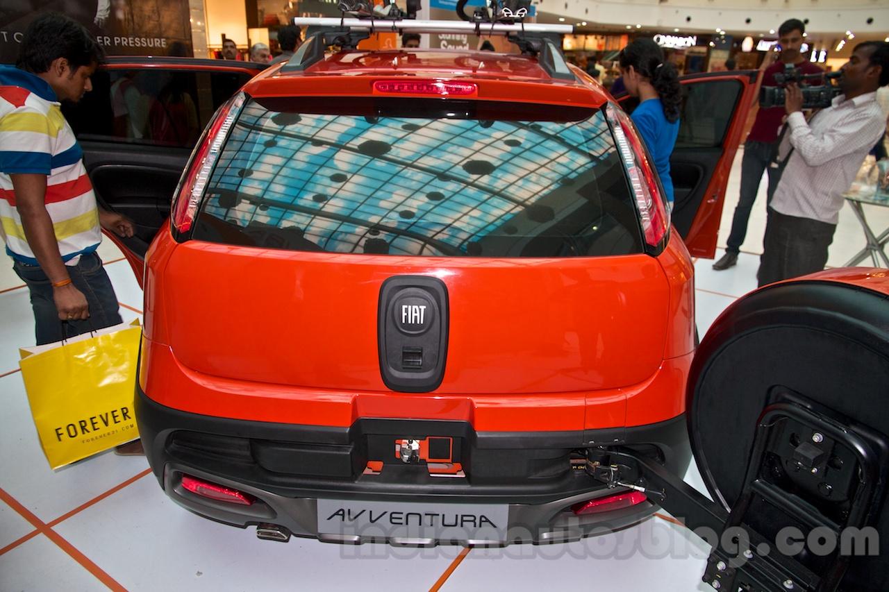 Fiat Avventura at Delhi rear
