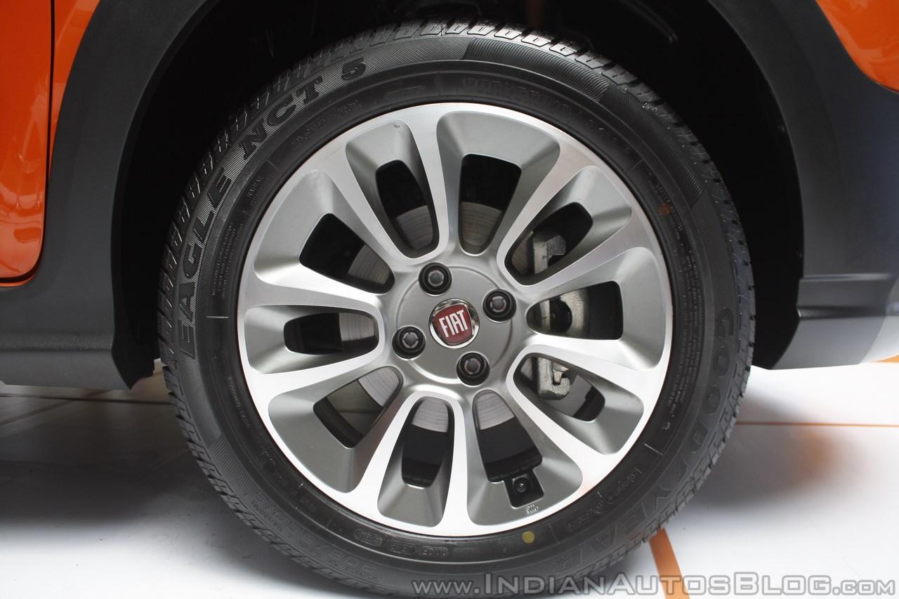 Fiat Avventura at Mumbai alloy wheel