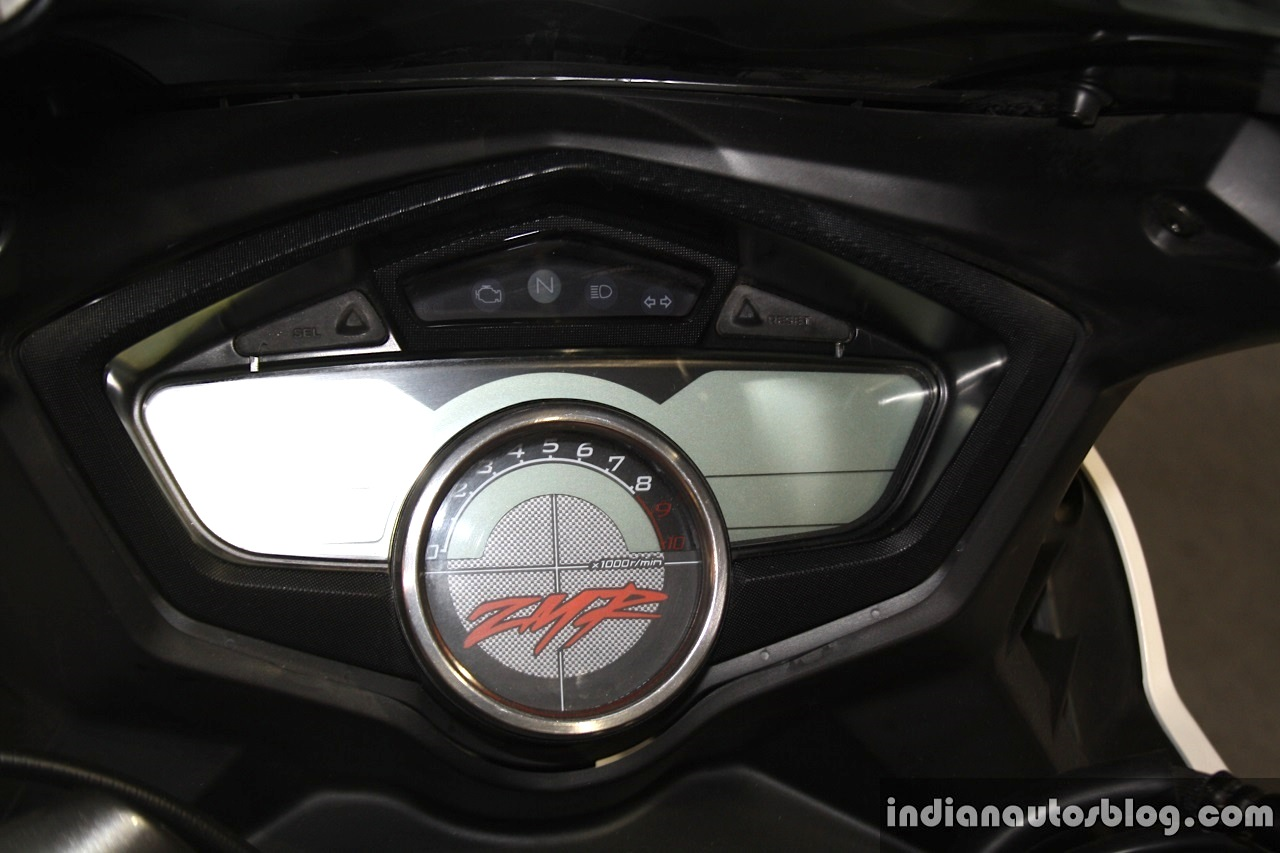 Hero Karizma ZMR instrument panel at the 2014 Nepal Auto Show