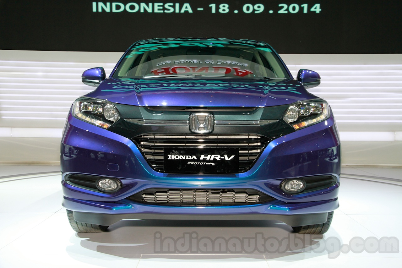 Honda HR-V Prototype front at the 2014 Indonesian International Motor Show