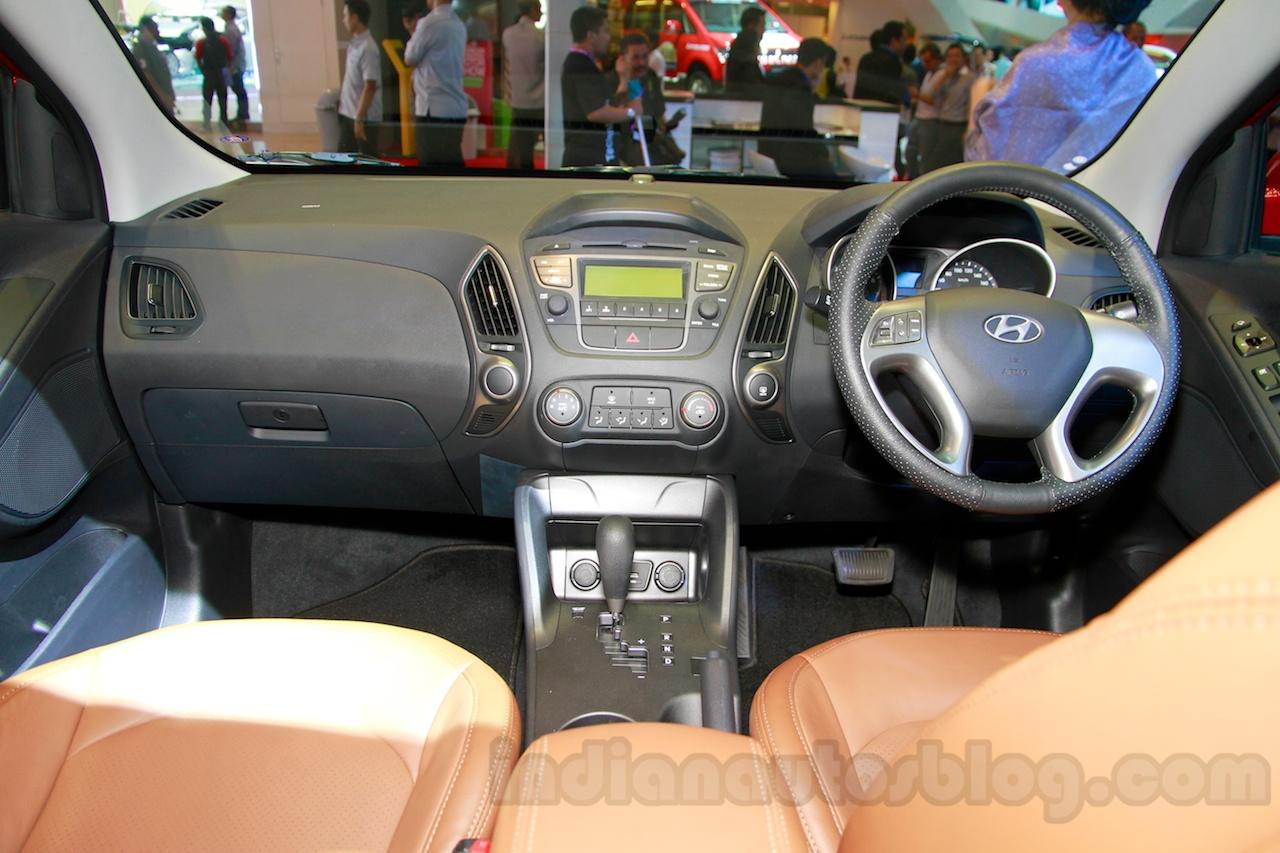 Hyundai Tucson dashboard at the 2014 Indonesia International Motor Show