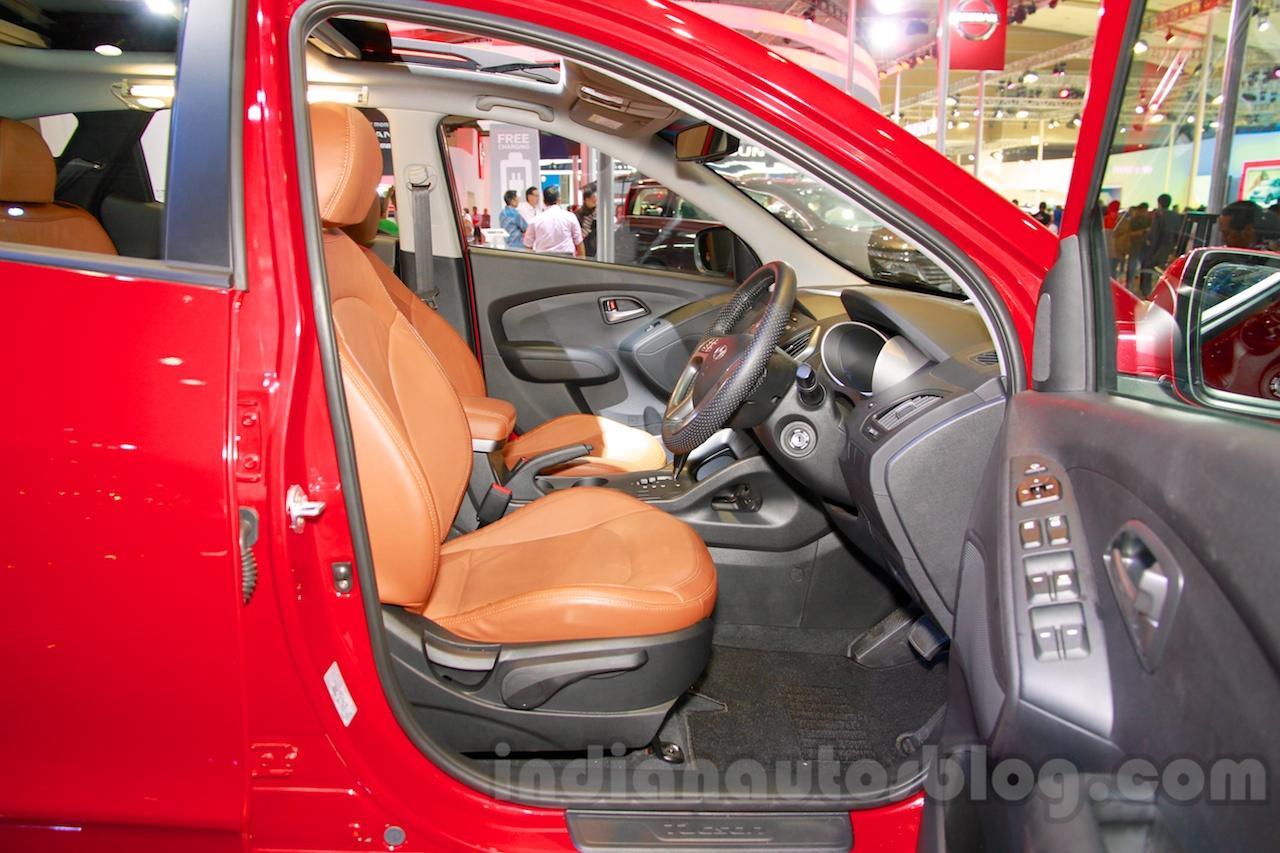 Hyundai Tucson front seats at the 2014 Indonesia International Motor Show