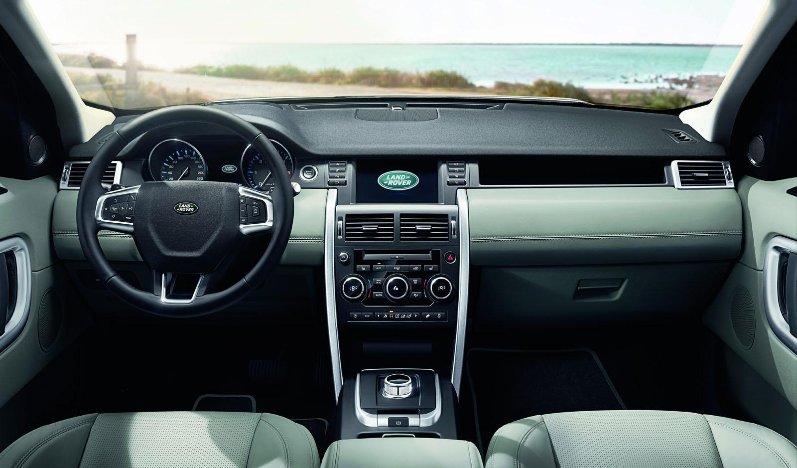Land Rover Discovery Sport press shots dash