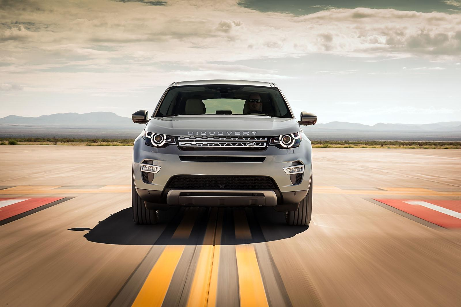 Land Rover Discovery Sport press shots front