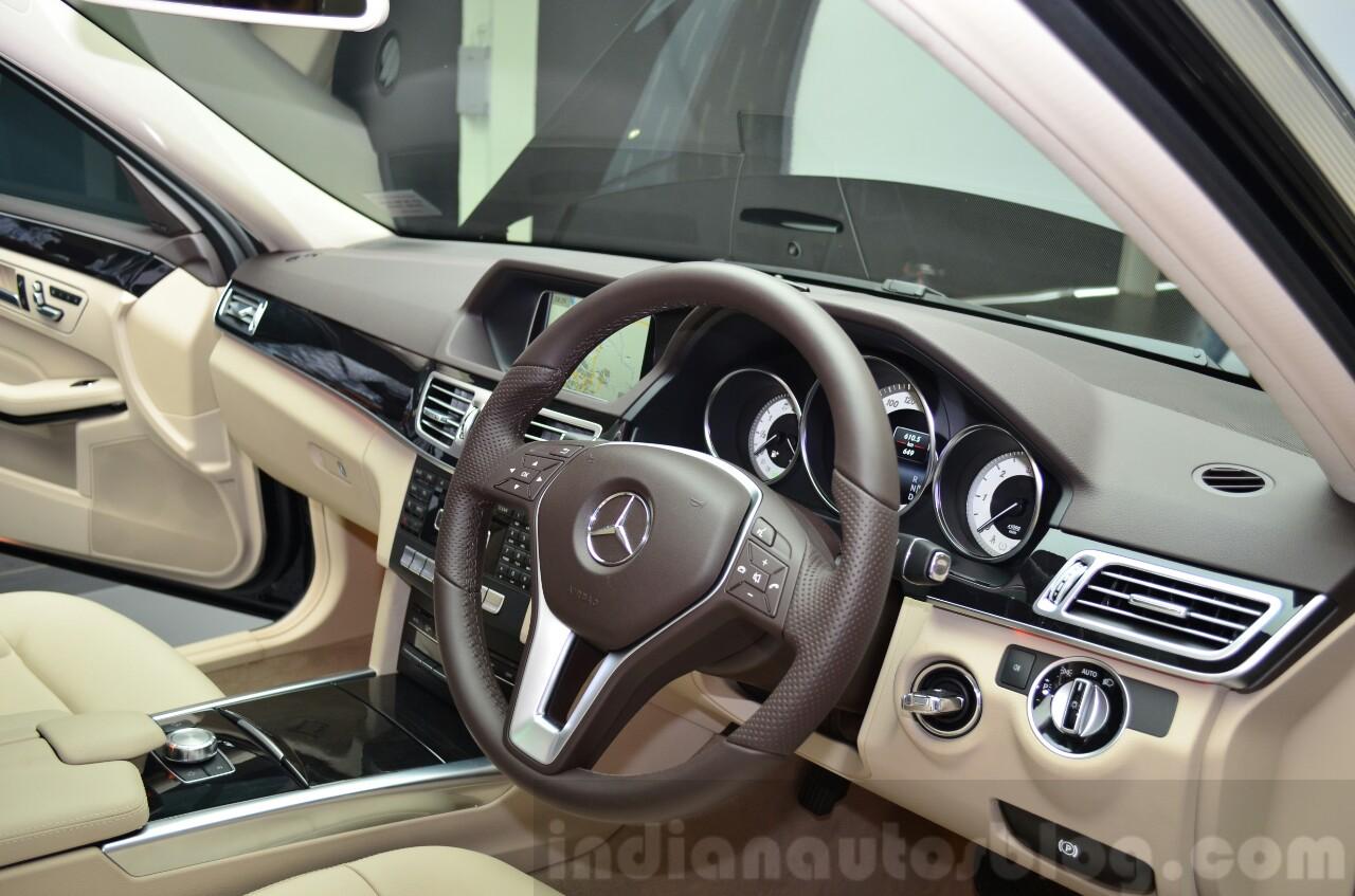 Mercedes E350 CDI launch dash
