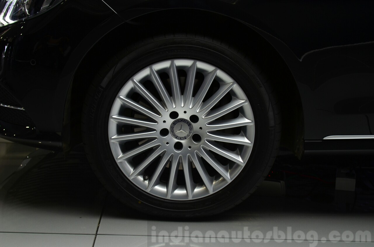 Mercedes E350 CDI launch wheel
