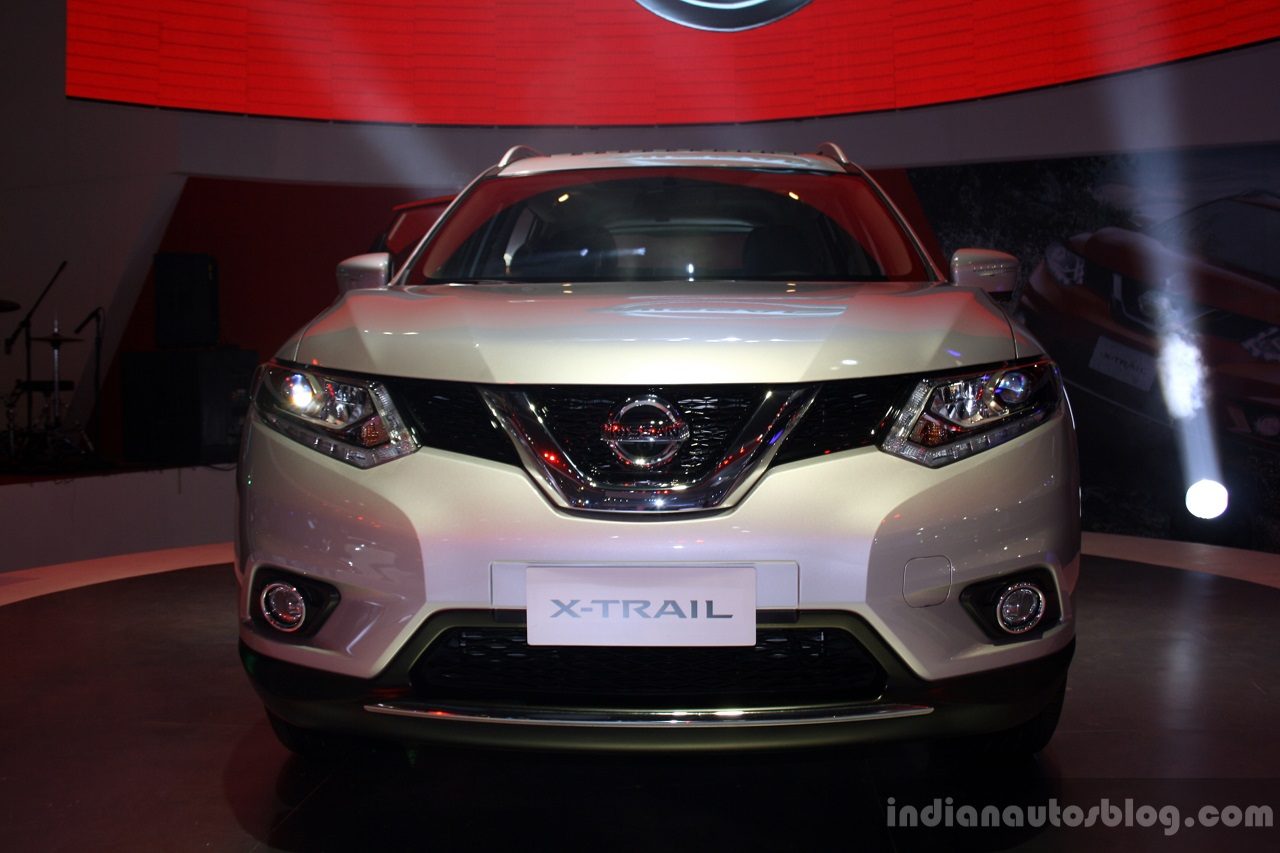 New Nissan X-Trail front at CAMPI 2014
