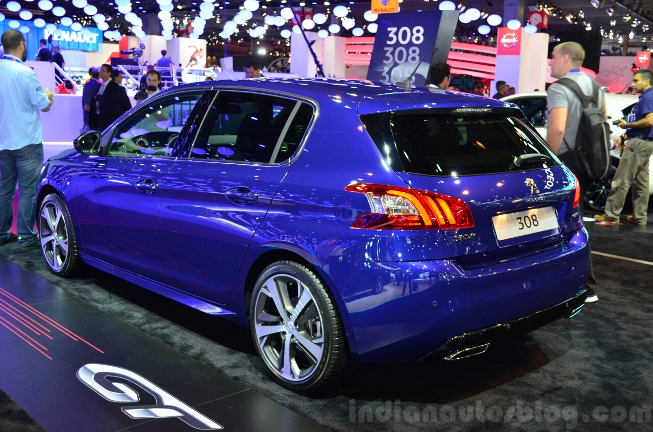 Vw Polo R Line Side Geneva Live as well Honda Mobilio Front also Honda Xr V likewise Bmw X M Sport Spied Side likewise Mercedes Gla Boot Space At Auto Expo. on upcoming honda cars for 2014