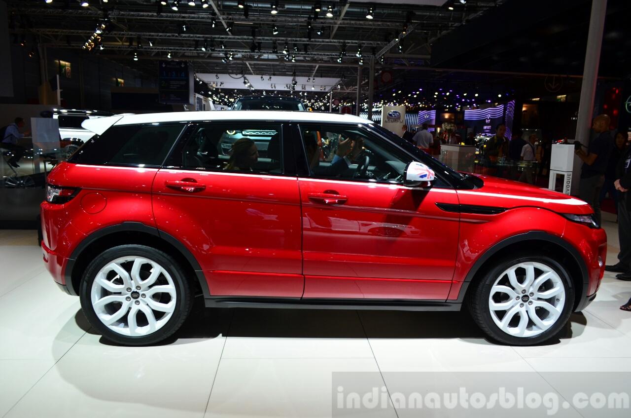 Range Rover Evoque SW1 side at the 2014 Paris Motor Show