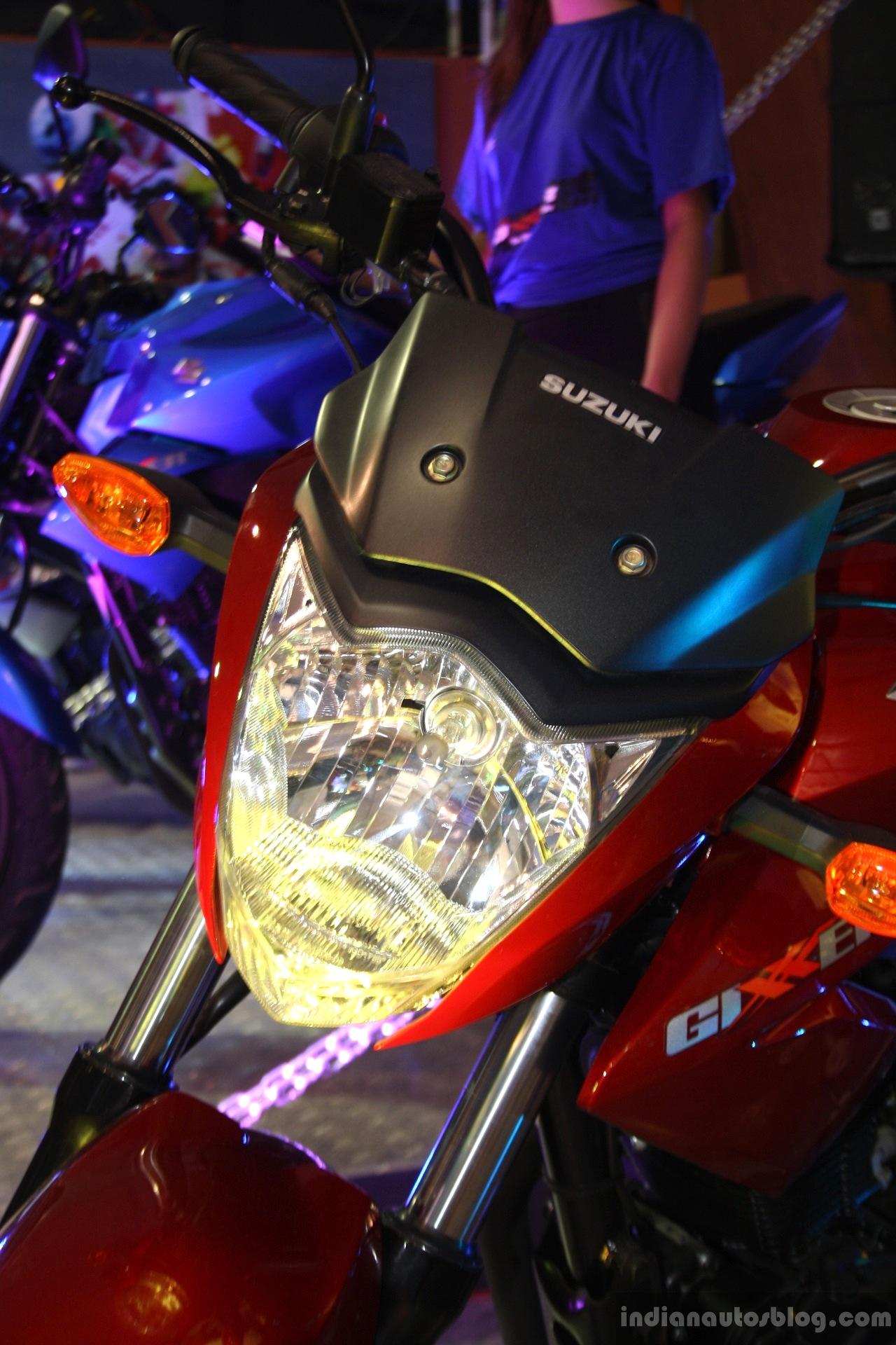 Suzuki Gixxer headlamp at the 2014 Nepal Auto Show