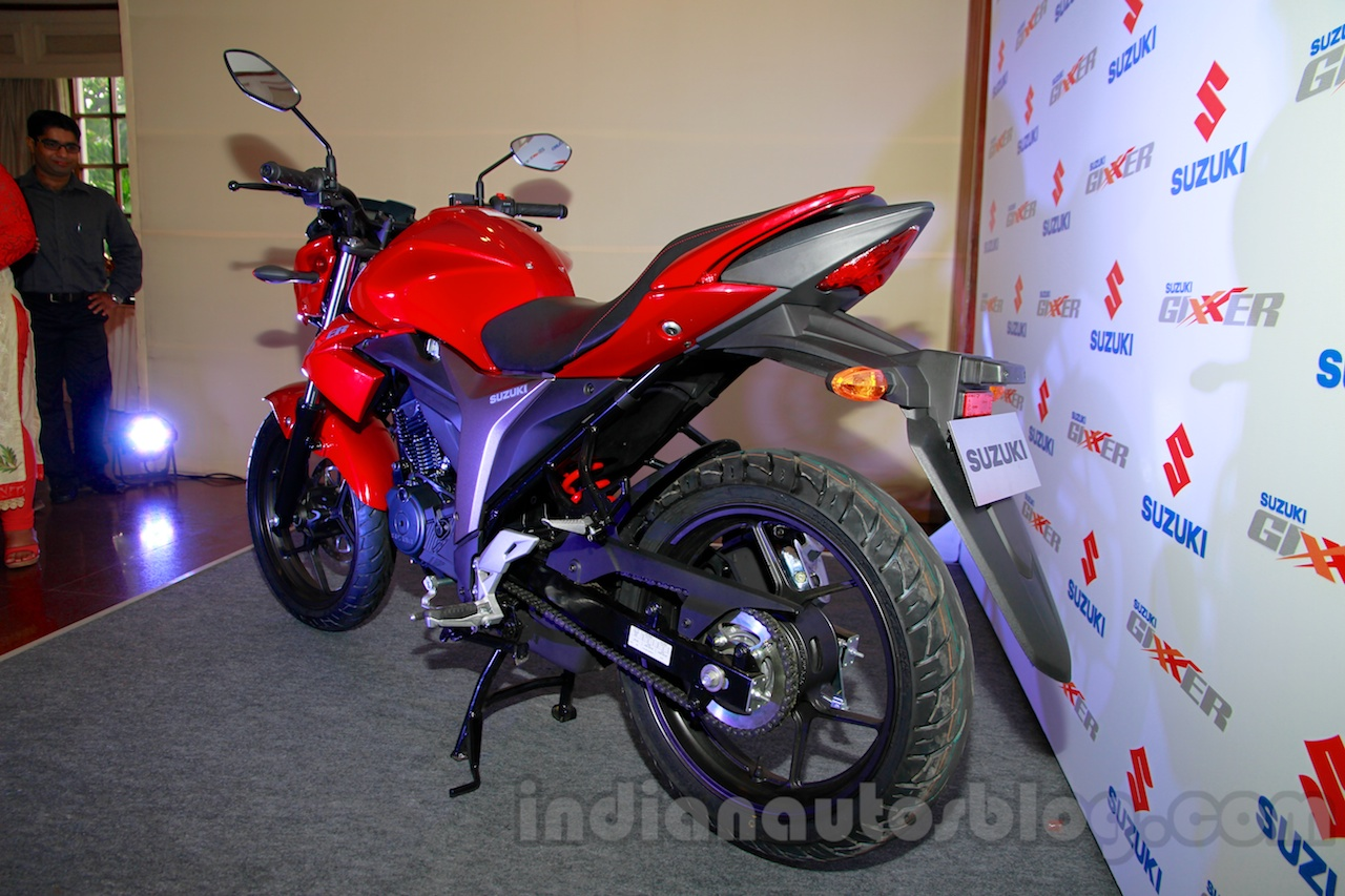 Suzuki Gixxer rear three quarters at the Indian launch
