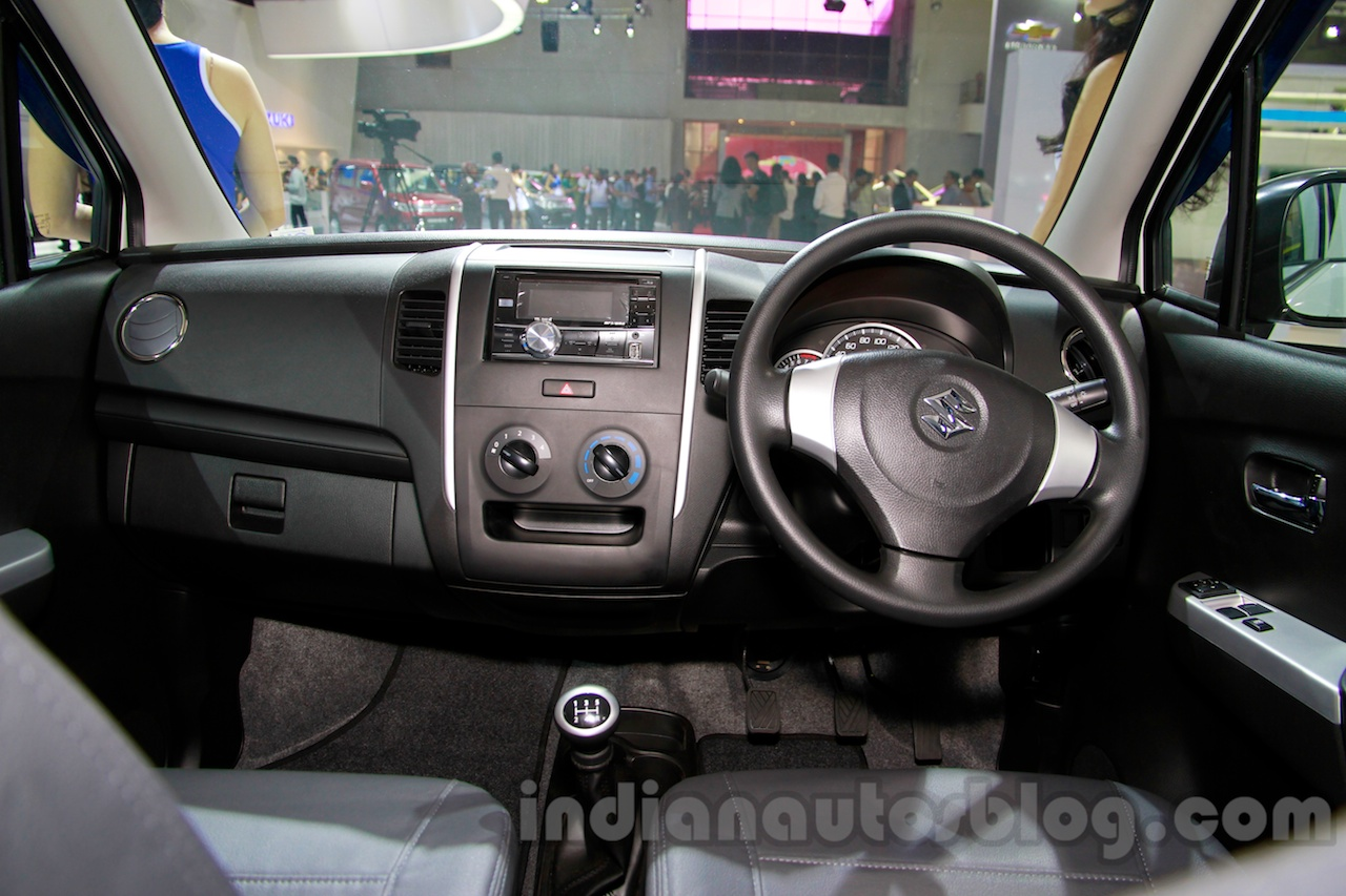 Suzuki Karimun Wagon R GS at the 2014 Indonesia International Motor Show interior