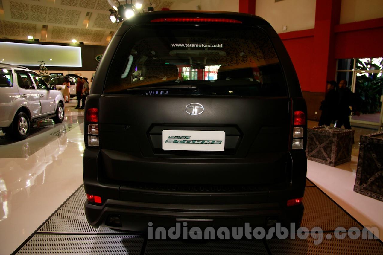 Tata Safari Storme Modified at the 2014 Indonesia International Motor Show rear