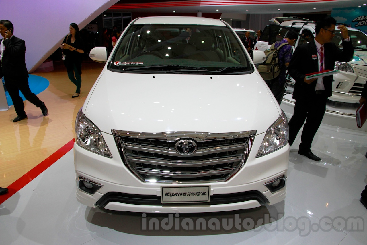 Toyota Innova special edition at the 2014 Indonesia International Motor Show