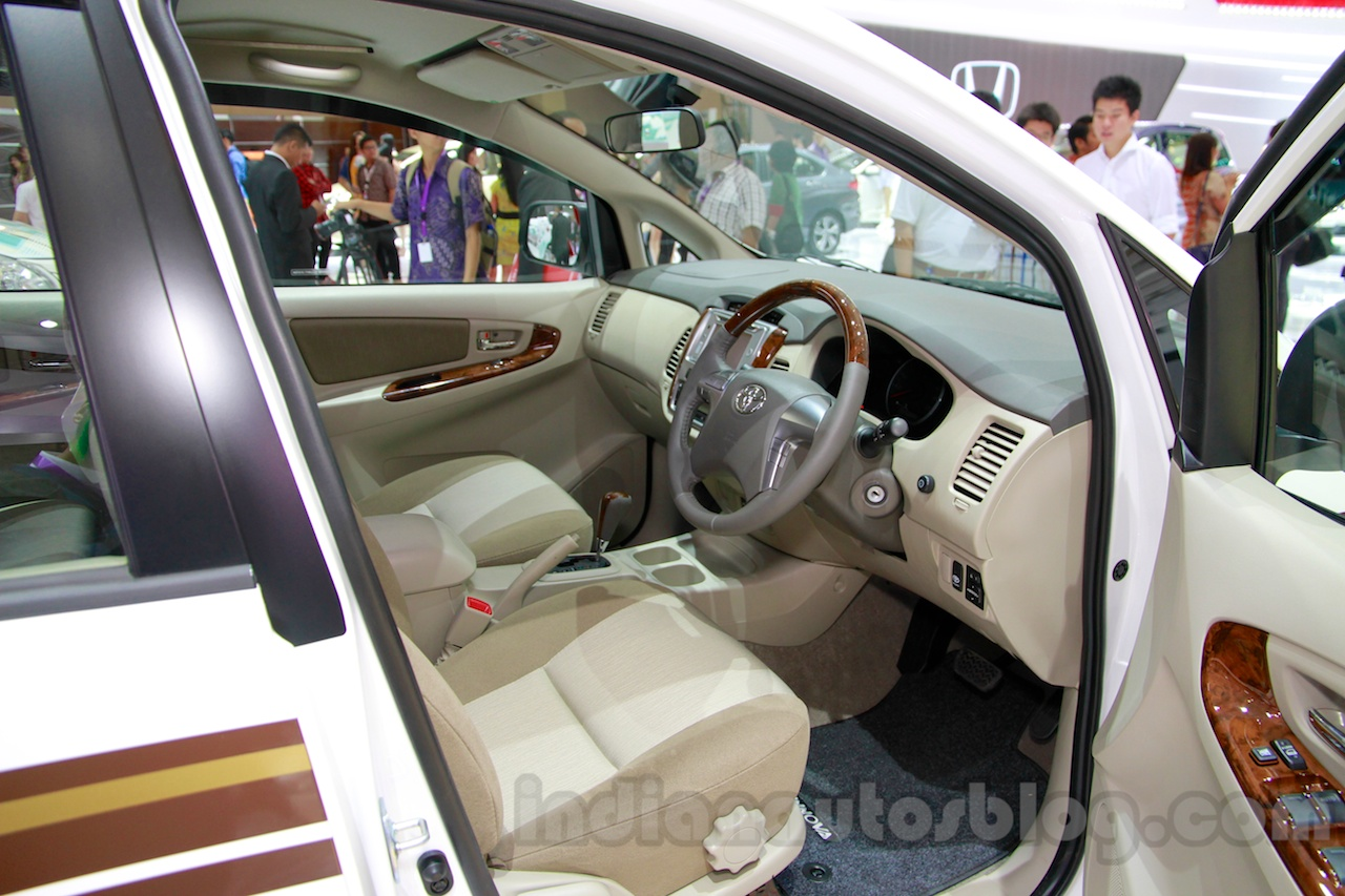 Toyota Innova special edition dashboard at the 2014 Indonesia International Motor Show