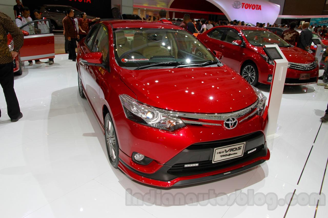 Toyota Vios TRD Sportivo at the 2014 Indonesia International Motor Show front quarter