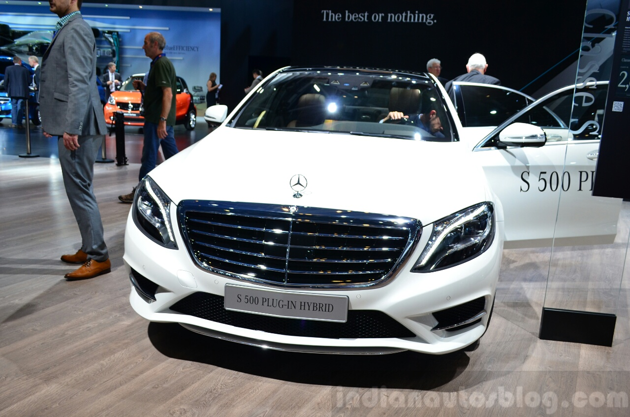 2015 Mercedes S500 Plug-in Hybrid front at the 2014 Paris Motor Show