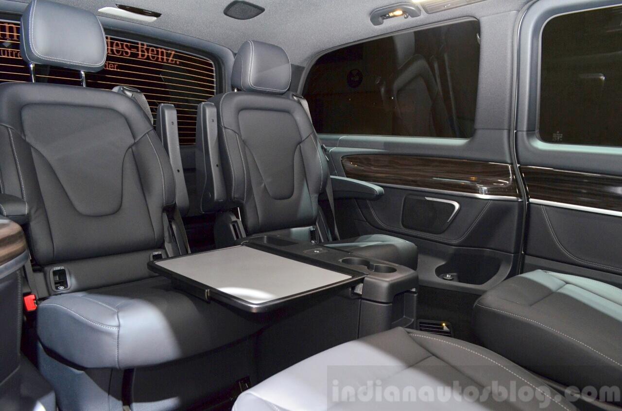 2015 Mercedes V Class interior at the 2014 Paris Motor Show
