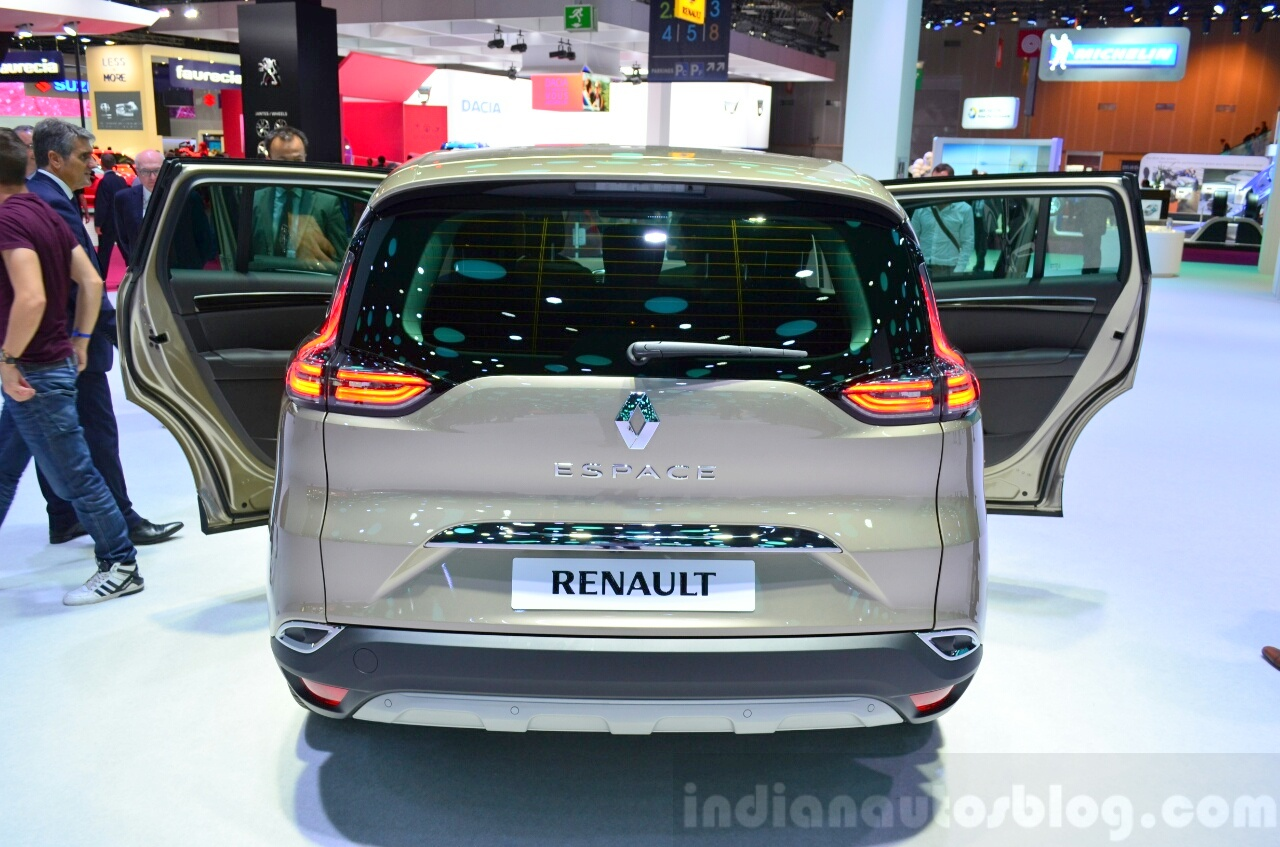 2015 Renault Espace rear at the 2014 Paris Motor Show