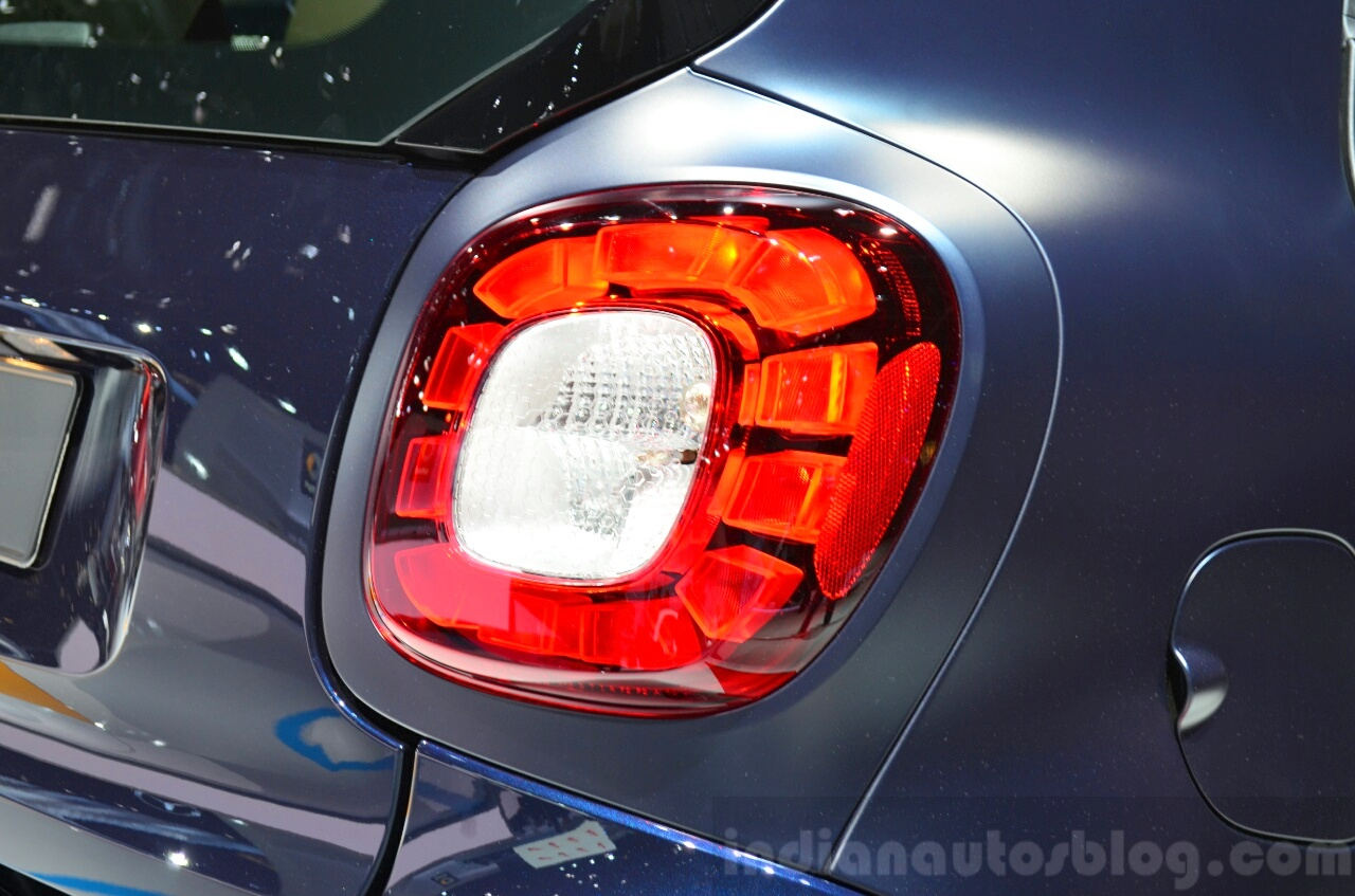 2015 Smart ForTwo taillight at 2014 Paris Motor Show