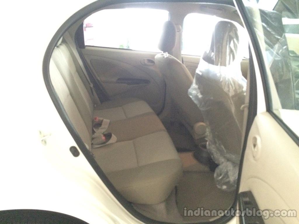 2015 Toyota Etios Liva facelift rear seat