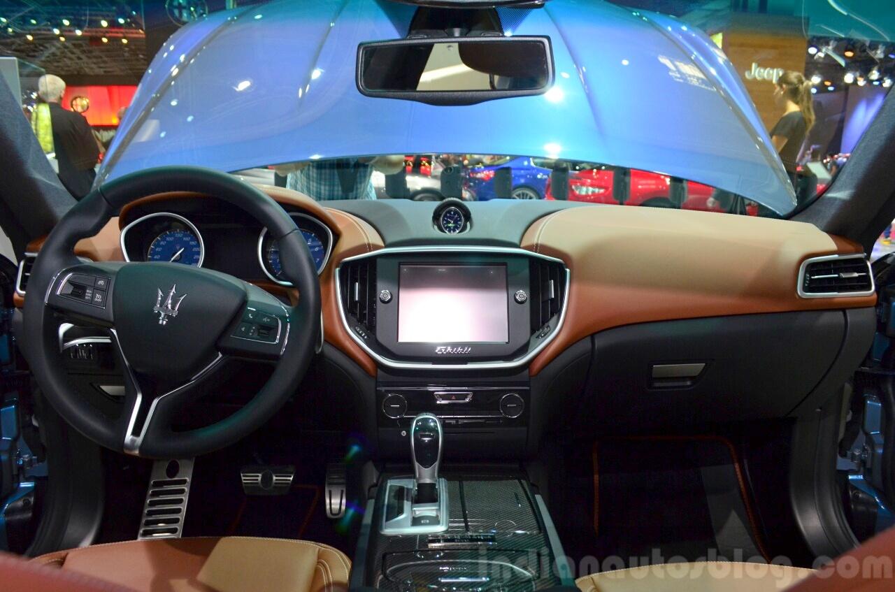 Maserati Ghibli Ermenegildo Zegna Edition interior at the 2014 Paris Motor Show