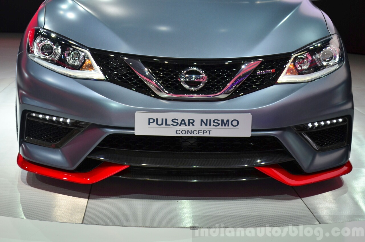 Nissan Pulsar NISMO Concept grille at the 2014 Paris Motor Show