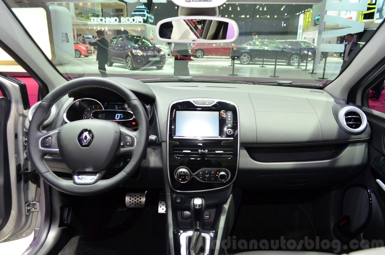 Renault Clio Initiale Paris dashboard at the 2014 Paris Motor Show